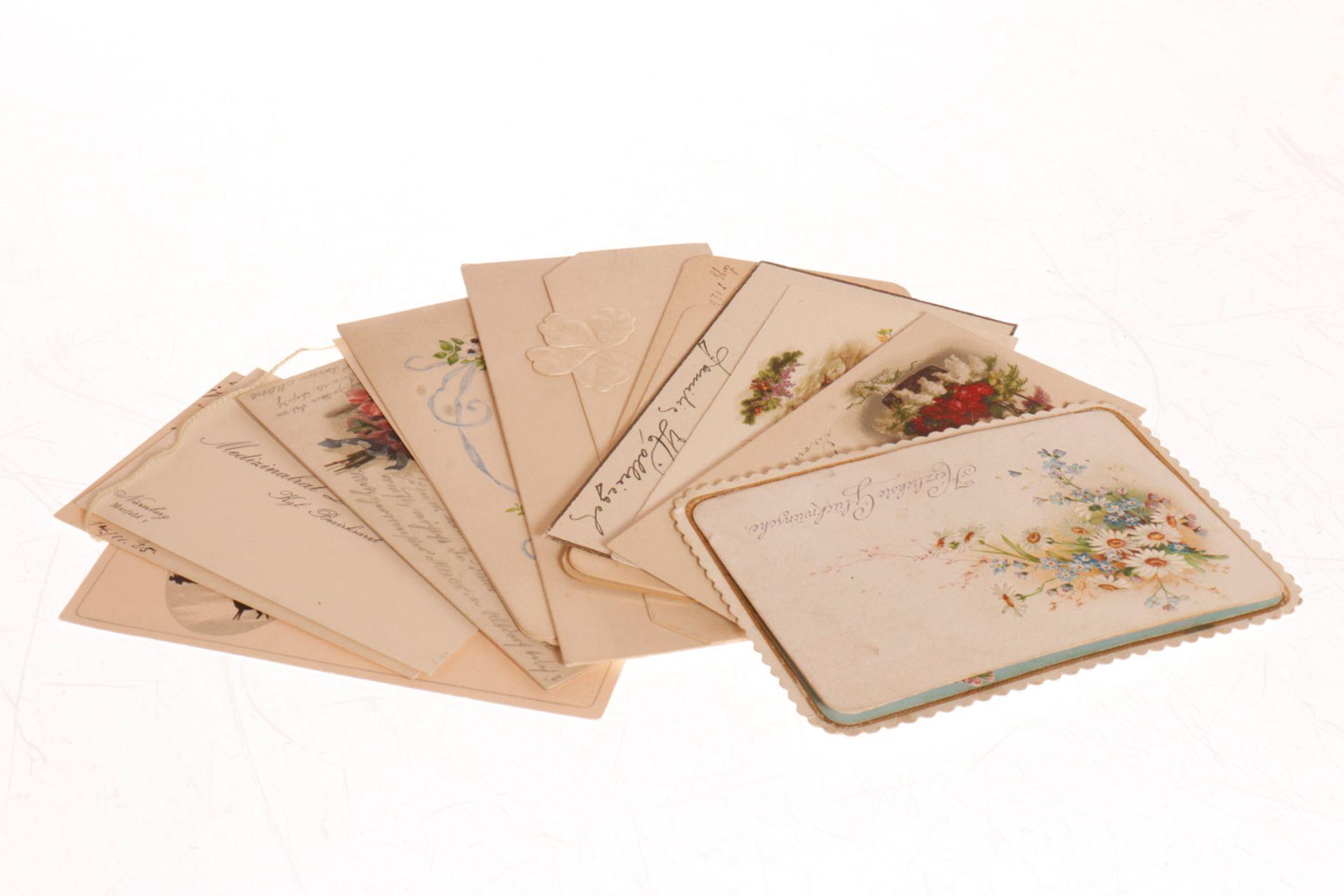 Konv. 10 Glückwunschkarten, um 1900 und etwas später, darunter 1 Faltkarte (Kulissen lose), sonst
