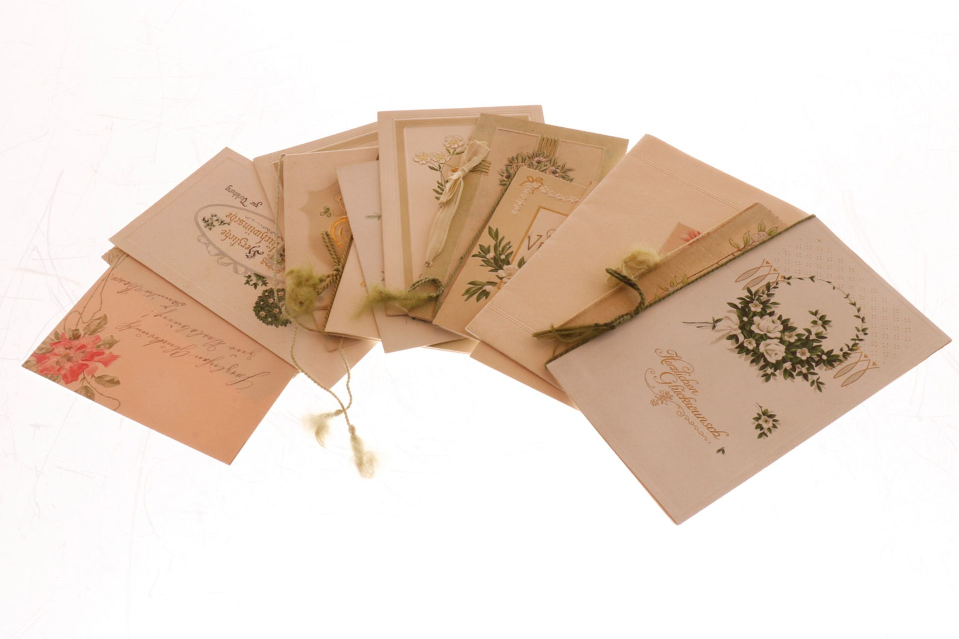 Konv. 15 Glückwunschkarten, um 1900 bis ca. 1920, tw polychromer Prägedruck, leichte Alterungs-