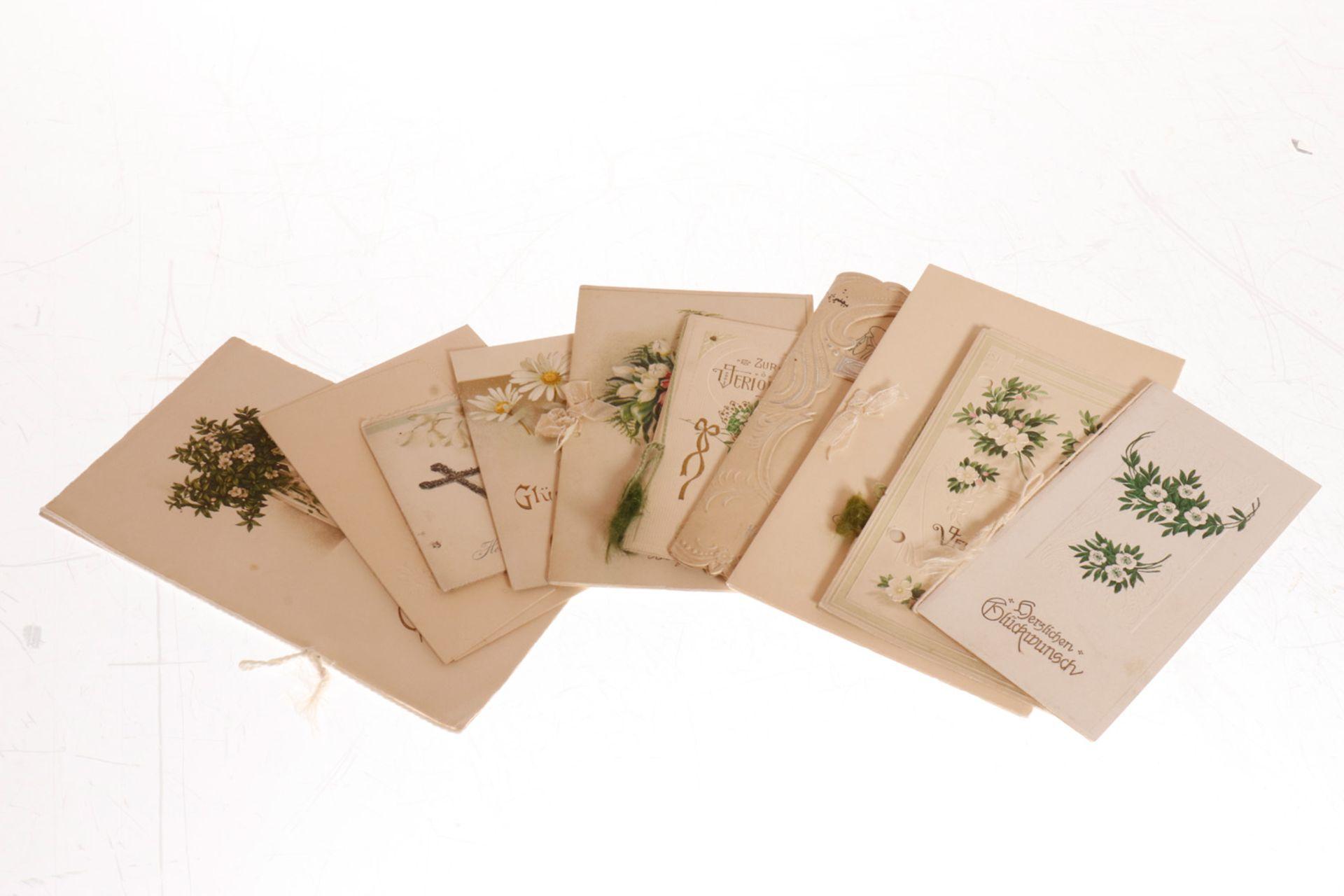 Konv. 10 Glückwunschkarten, meist um 1900/1920, darunter Jugendstil, tw polychromer Prägedruck, 1