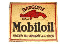 """Blechschild """"Gargoyle Mobiloil"""", geprägt, Papier- und Blechdruckindustrie Wien, Rostpunkte, 55 x"""