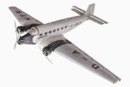 Märklin/Junkers Wellblechflugzeug JU-52, 3-motorig, handlackiert, seitliche Beschriftung ersetzt,