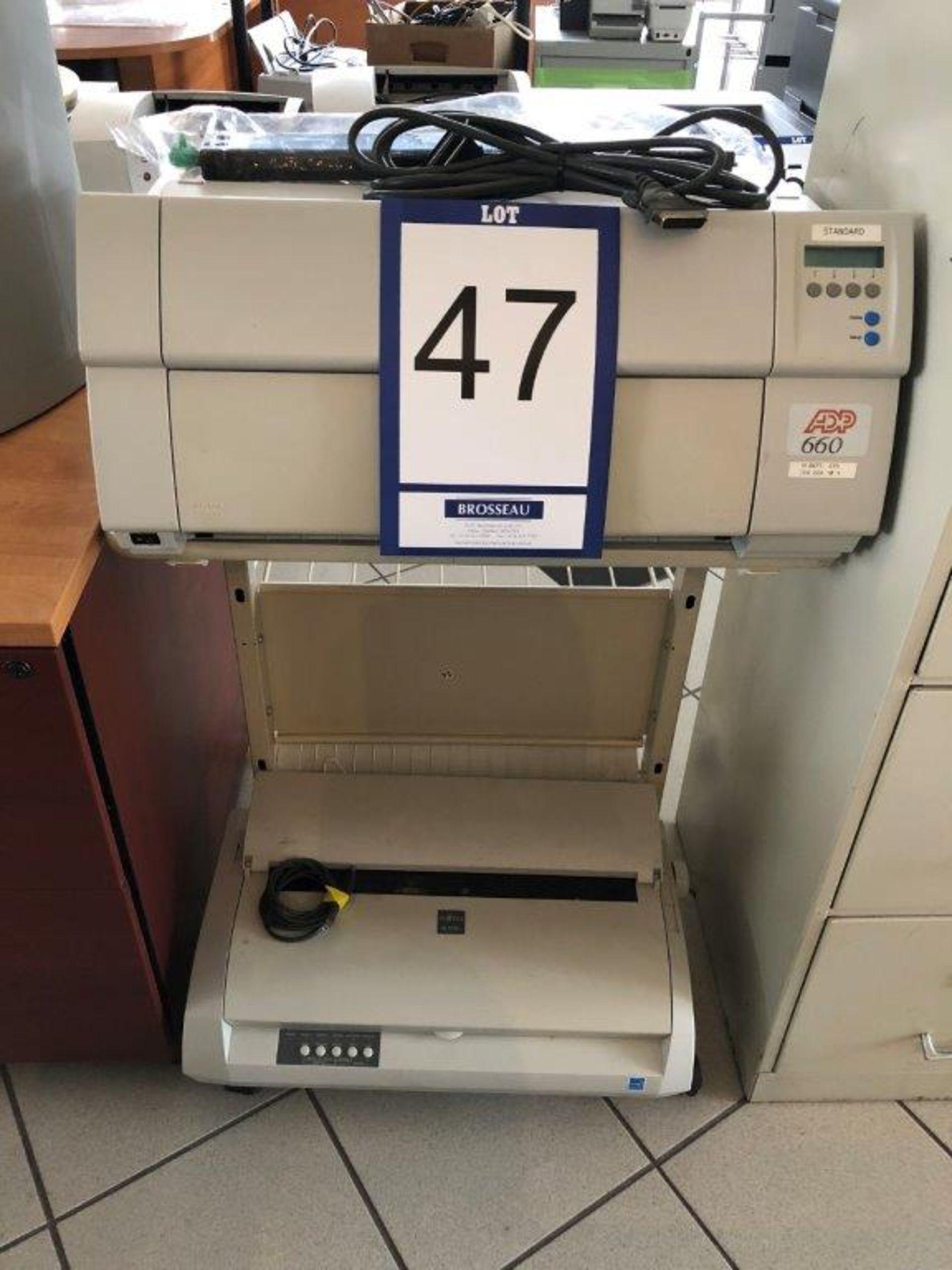 Lot 47 - Lot: cabinet avec imprimante ADP 660 et imprimante FUJITSU Mod. DL3850+