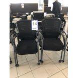 Lot 14 - Lot: 4 fauteuils visiteurs en tissu tressé sur roues