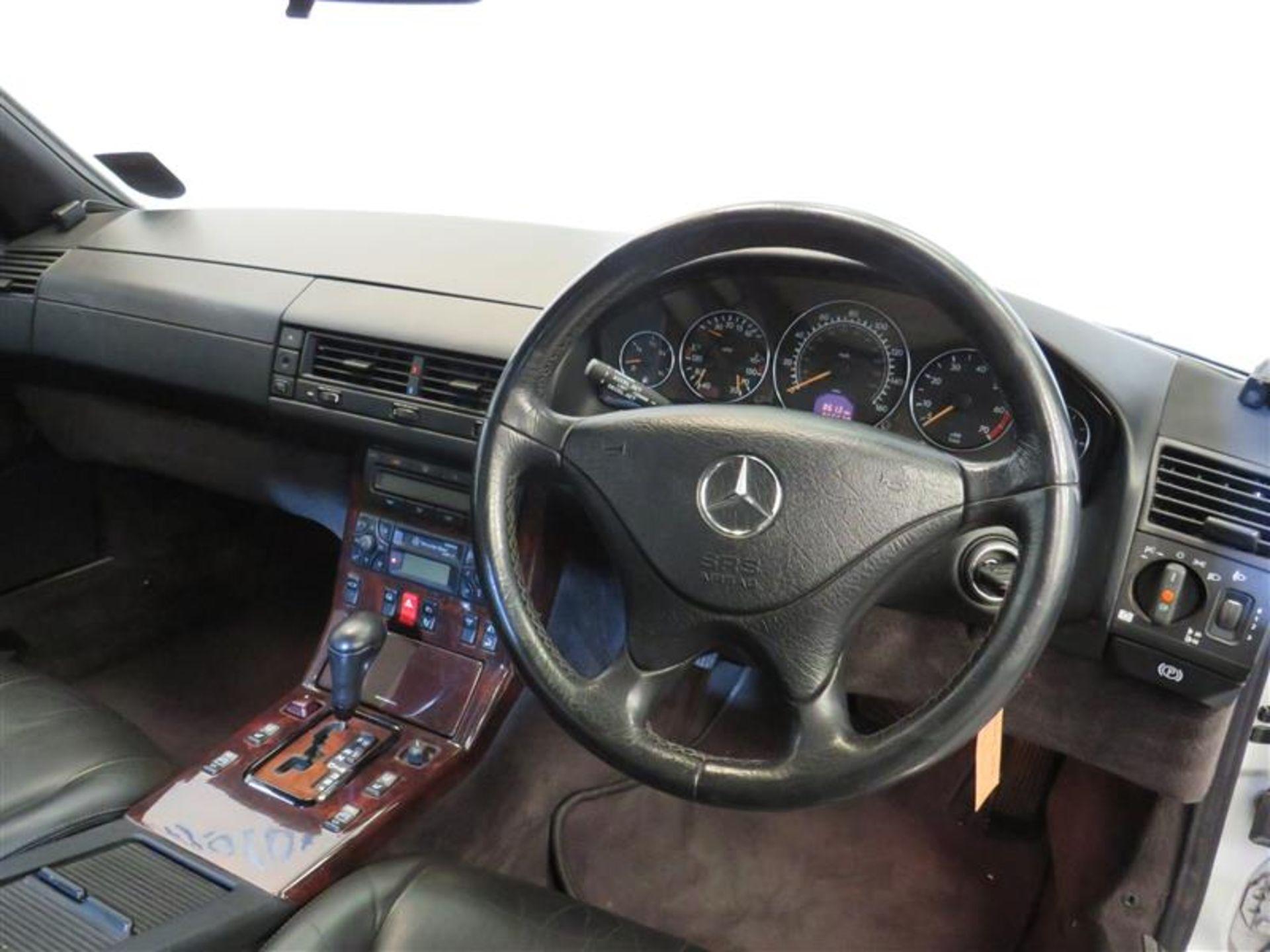 Lot 3 - 2000 Mercedes-Benz SL320 - 3199cc