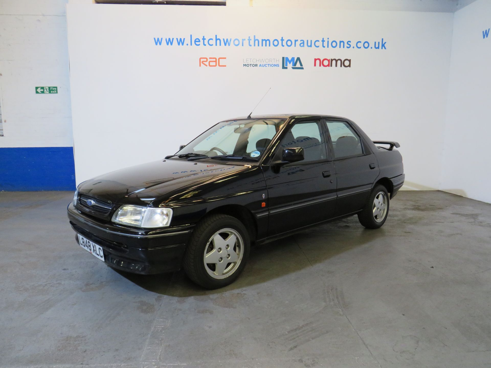 Lot 22 - 1994 Ford Orion Ghia SI - 1796cc