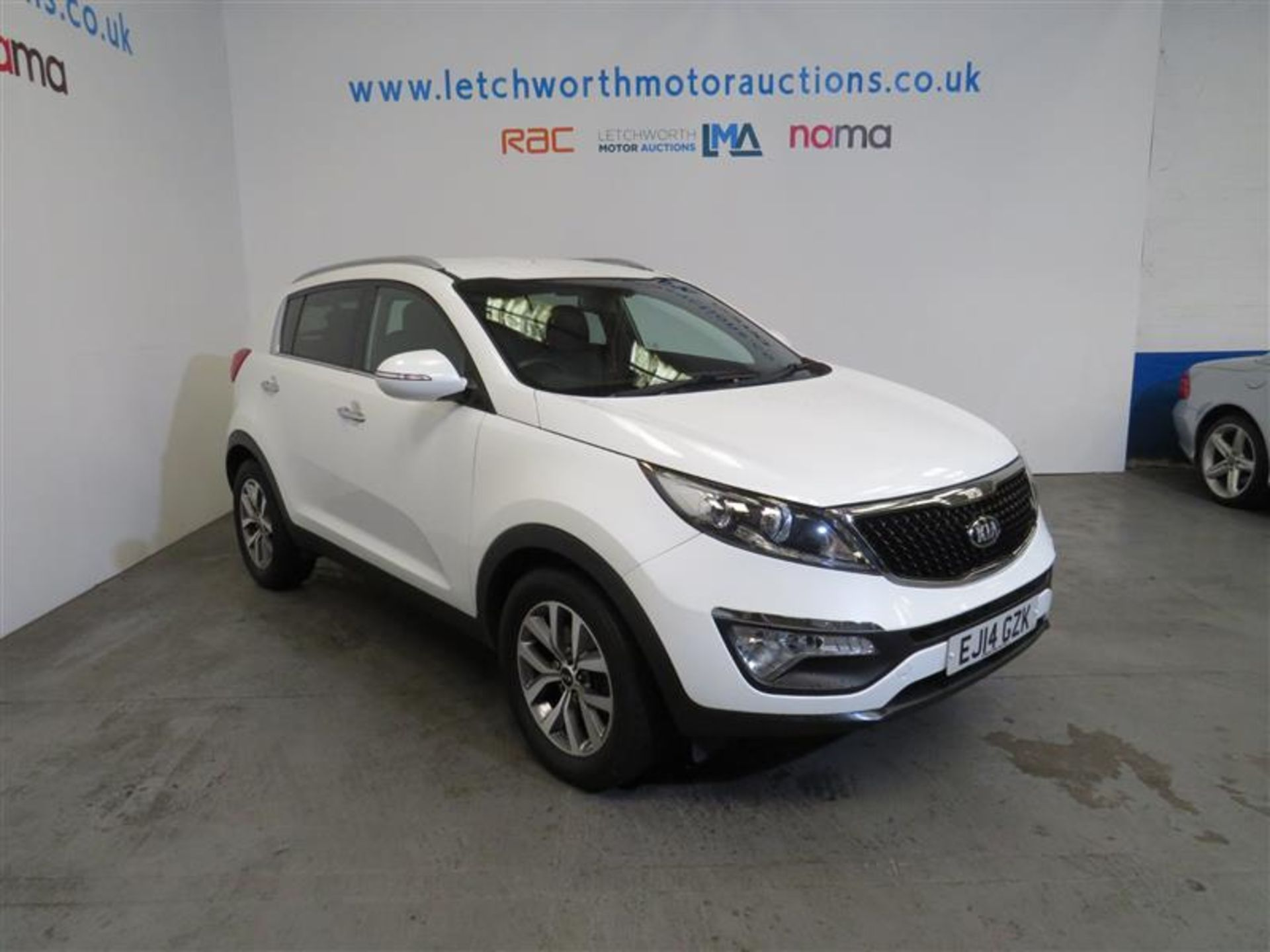 Lot 8 - 2014 Kia Sportage White Edition ISG - 1685cc
