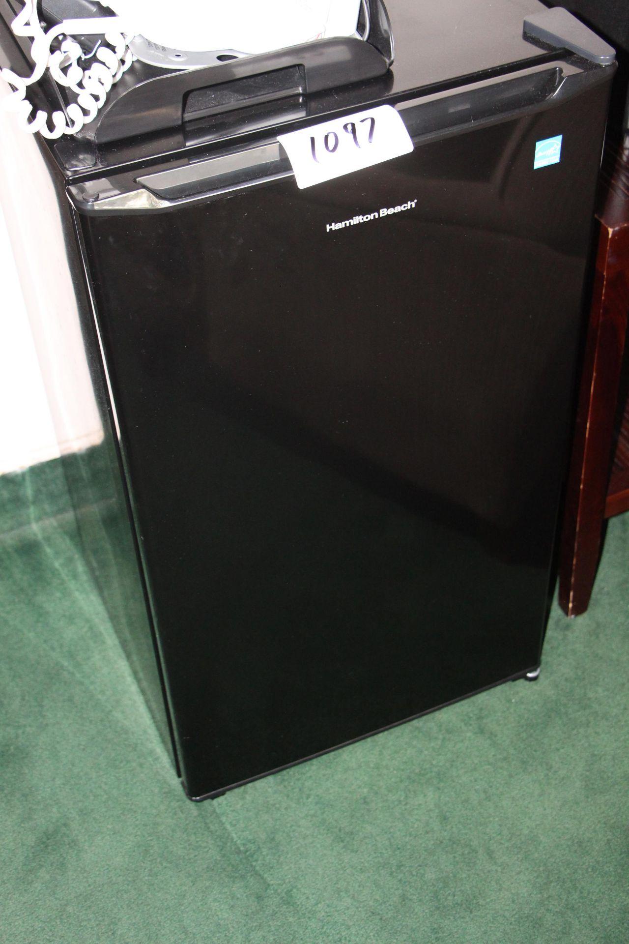 Lot 1097 - Hamilton Beach bar fridge
