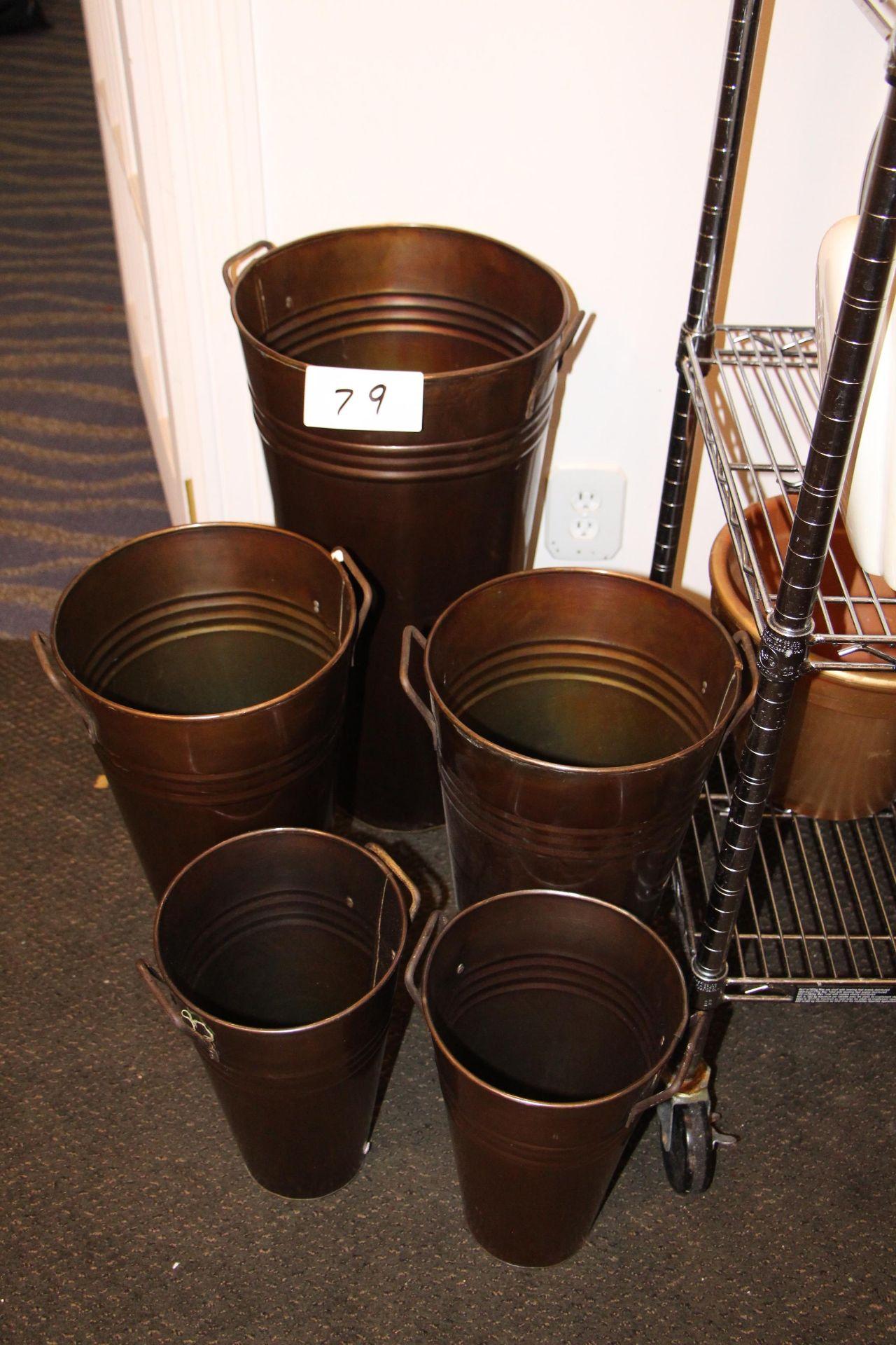 Lot 79 - Lot 5 tin cans