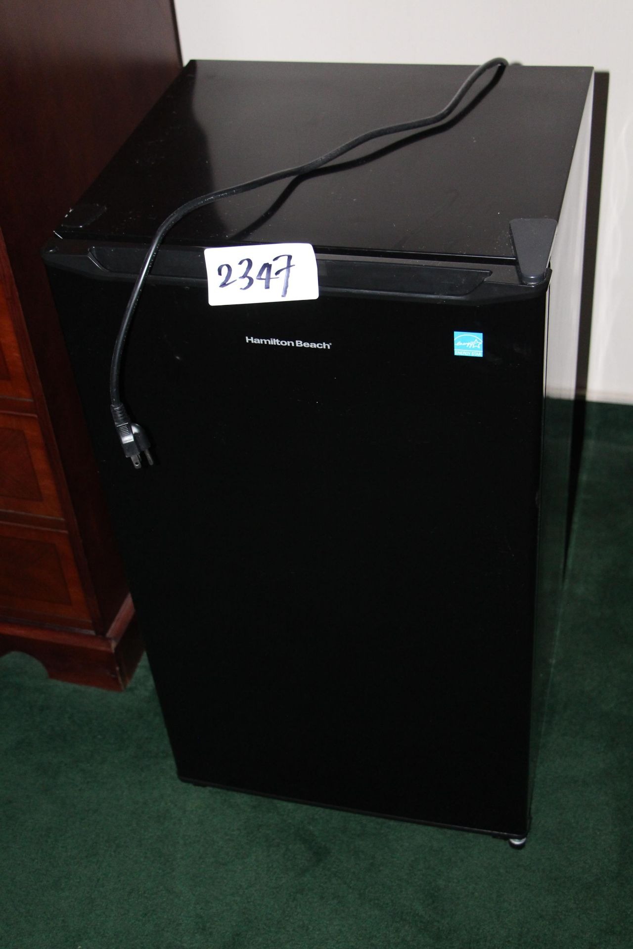 Lot 2347 - Hamilton beach bar fridge