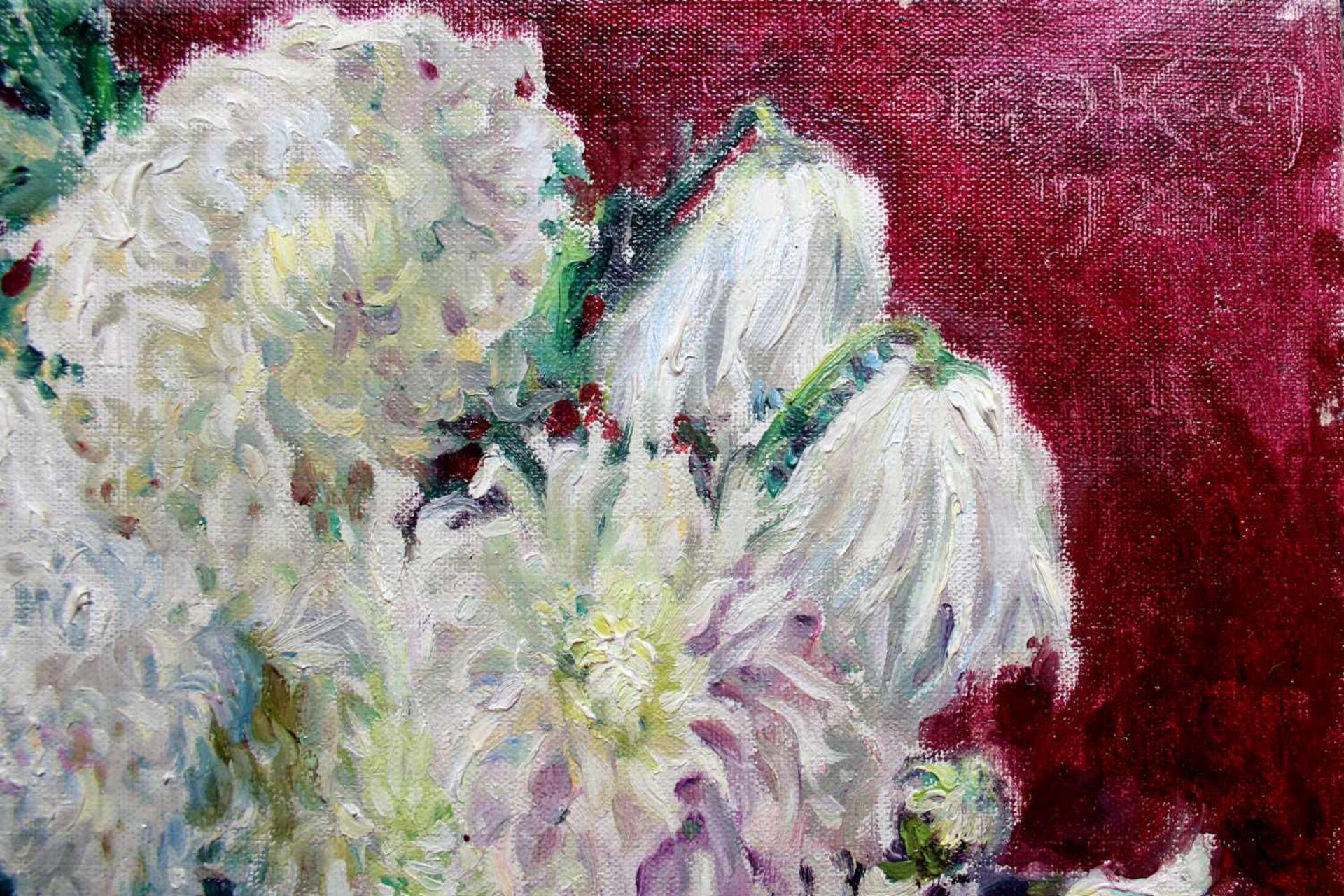 Olga Koch (1878 - 1954) Blumen in Vase 1923 Öl auf Leinwand Signiert und datiert, Rückseitig mit - Bild 2 aus 3
