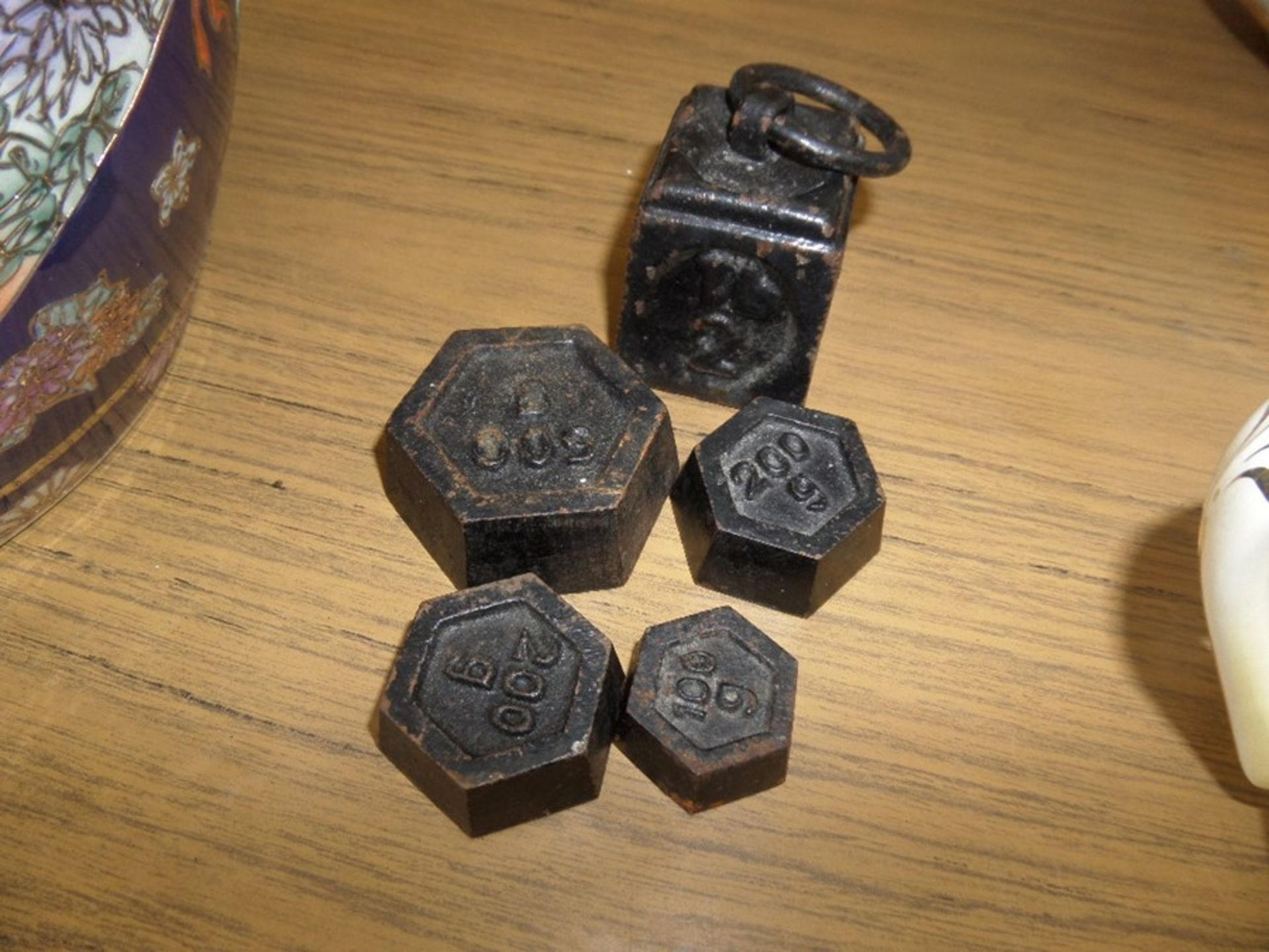 Lot 34A - 5X ASSORTED WEIGHTS