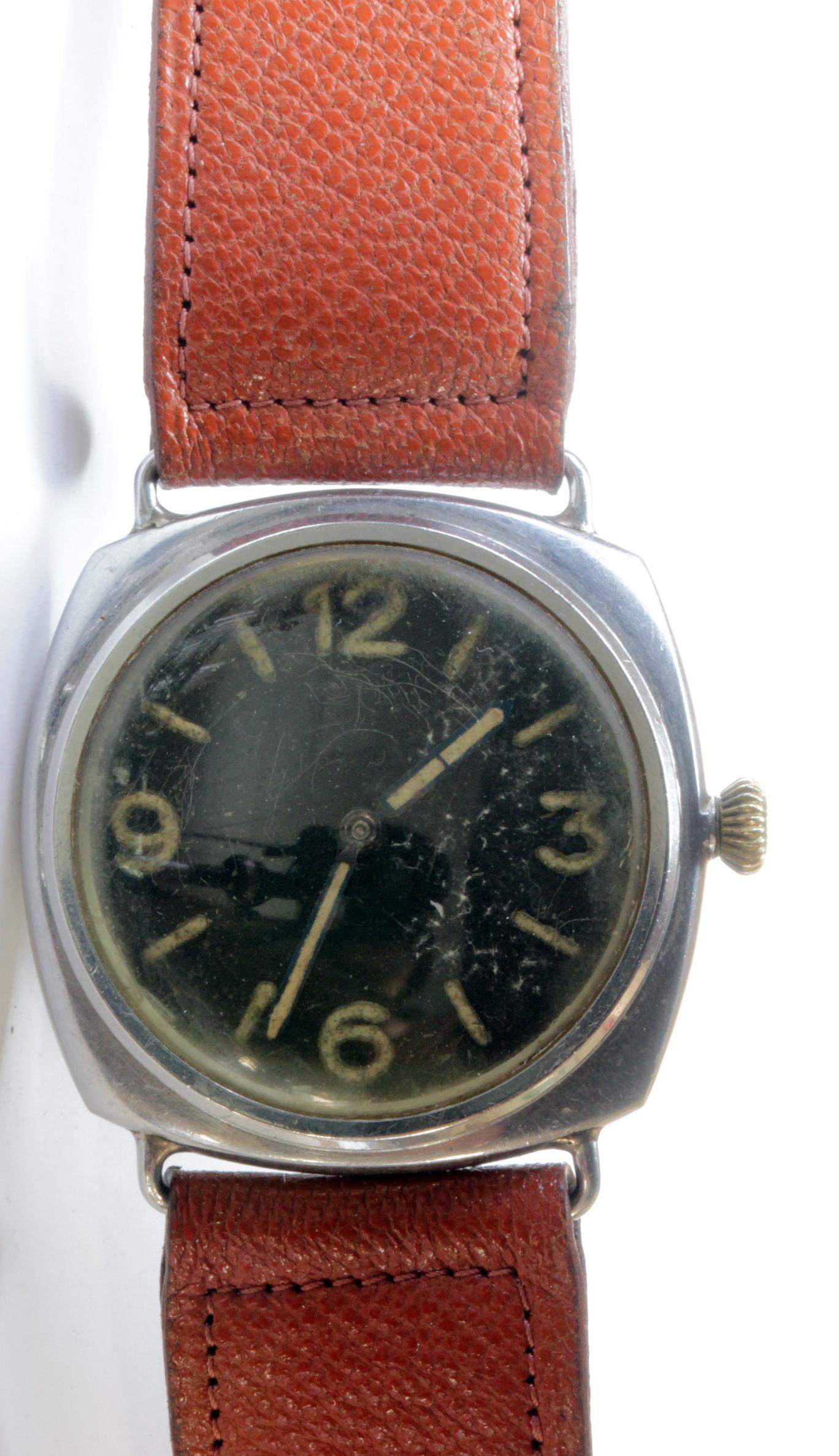 Lot 307 - WWII German Panerai Frogmens military wristwatch (Model 3646), with Rolex 17 Rubis movement, black