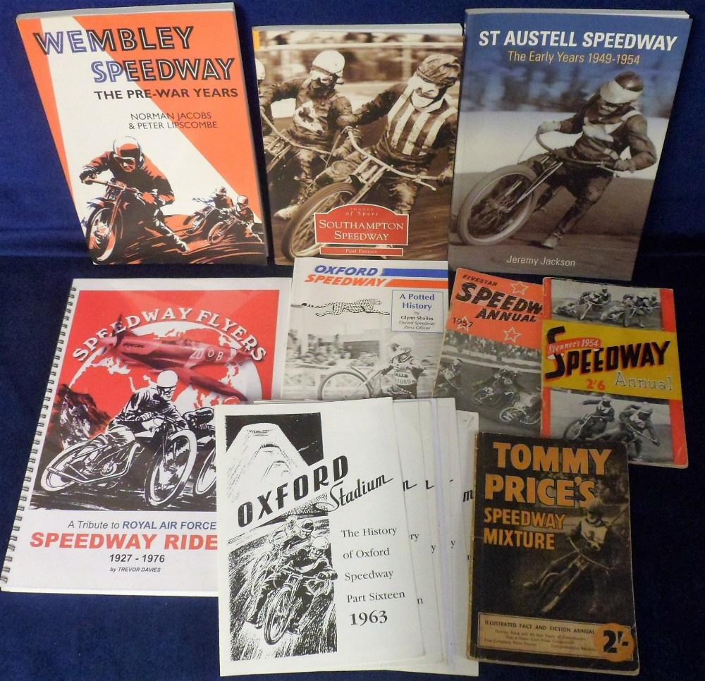 Lot 10 - Speedway, a small selection of Annuals and Booklets, Stenner's Speedway Annual 1954, Fivestar