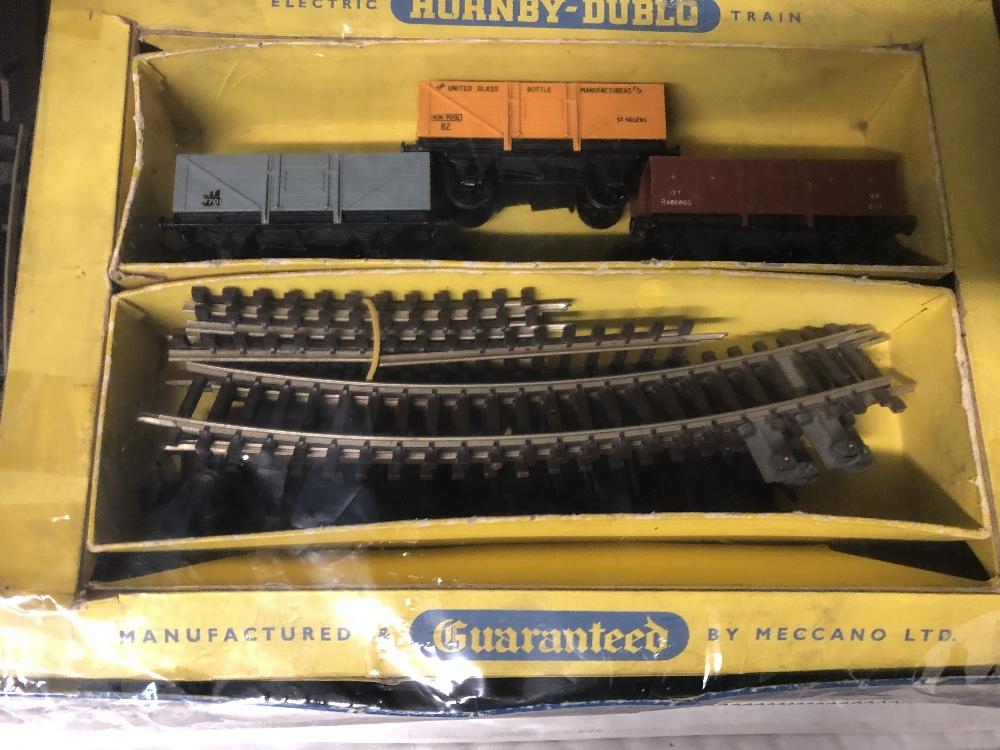 Lot 39 - A vintage Hornby-Dublo (00 gauge) train set. in original box.
