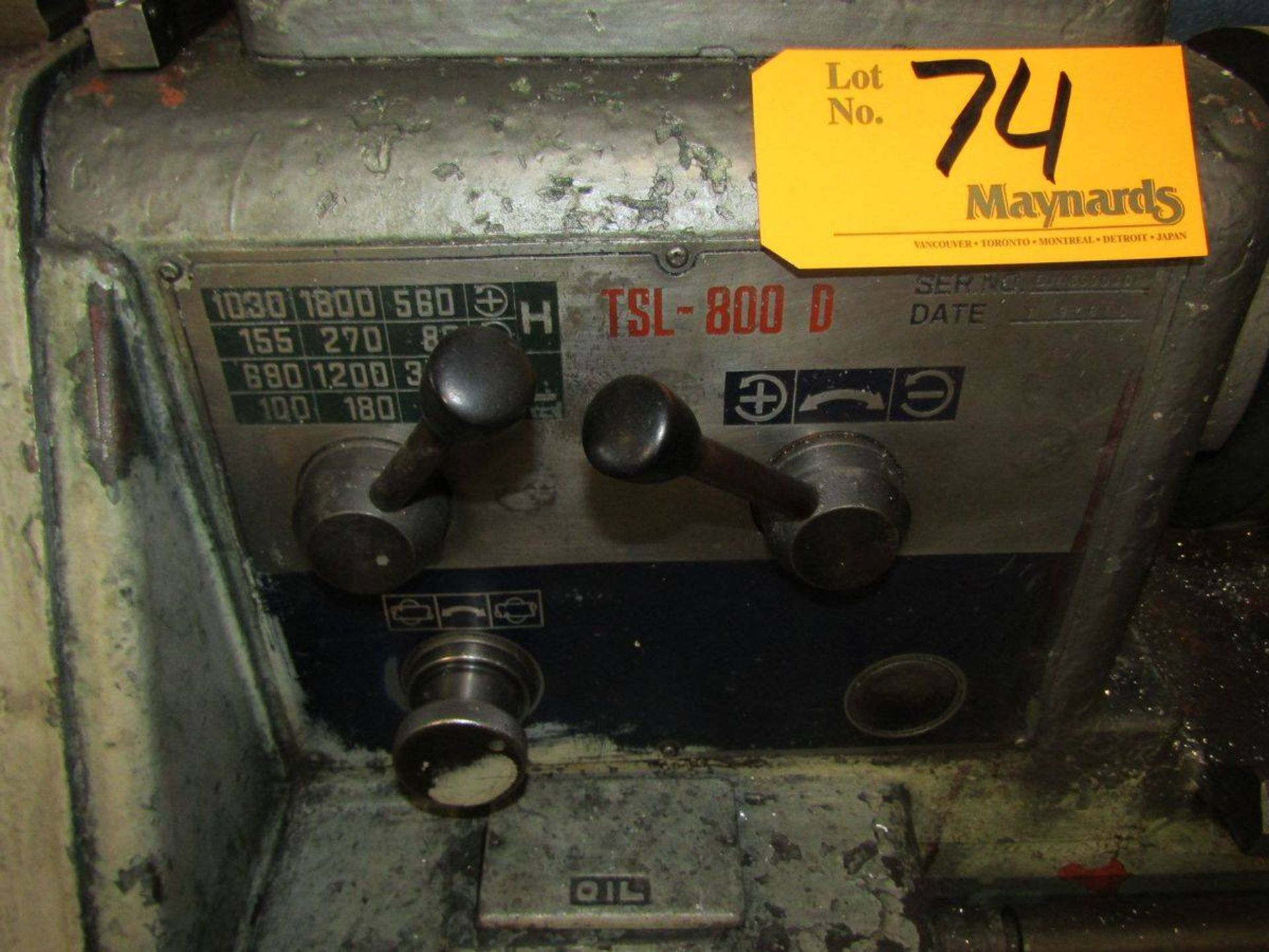 Lot 74 - 1980 Royal TSL-800D Engine Lathe