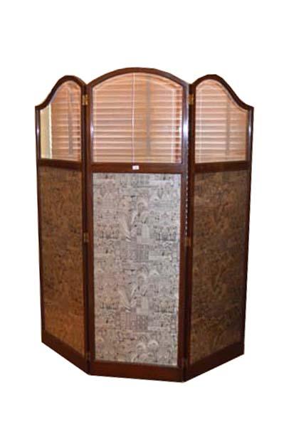 Lot 300 - A Very Nice Mahogany Framed Three Fold Screen, Tapestry Panels
