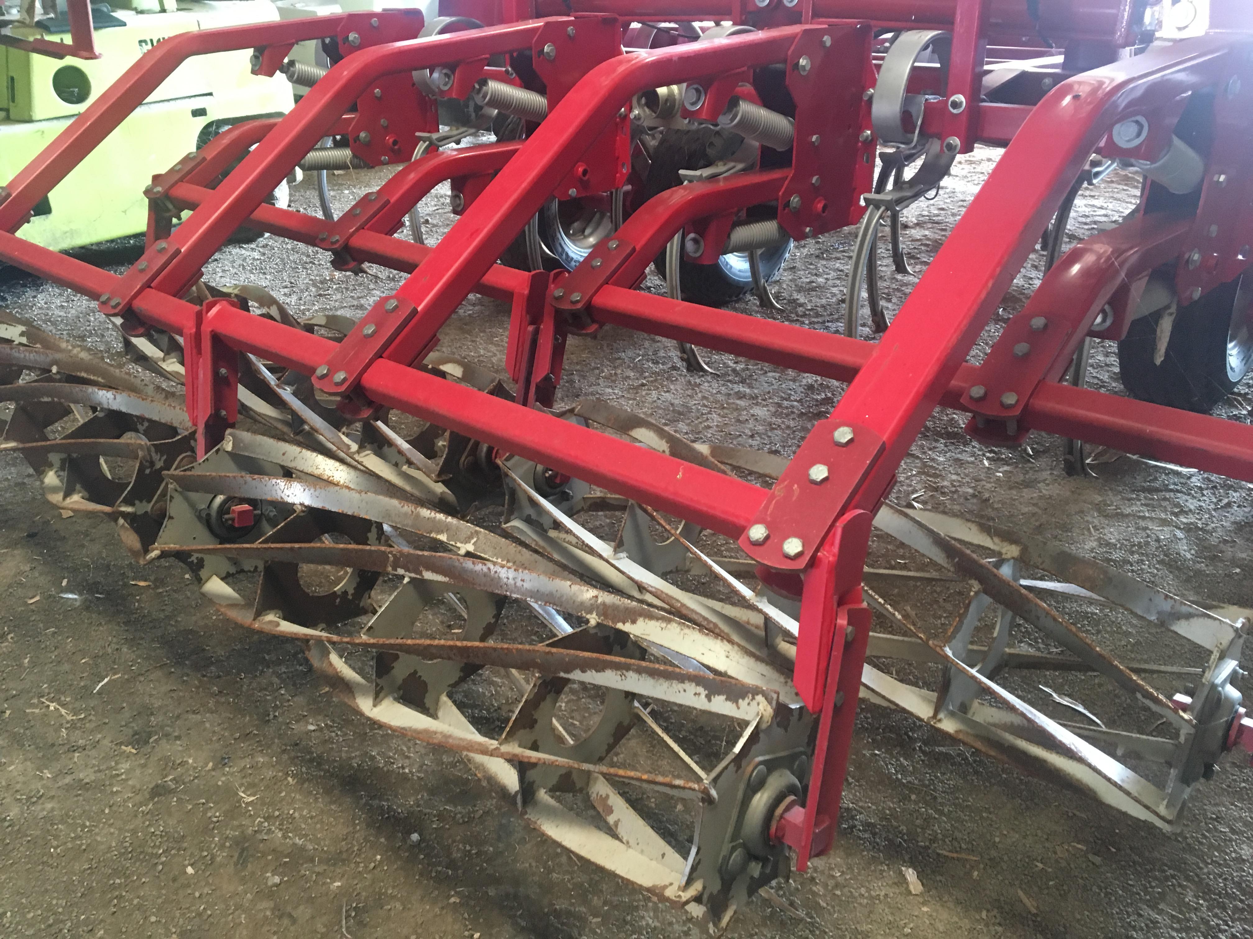 Lot 6 - 2012 Klongskilde Vibro Till 2900 29' Field Cultivator