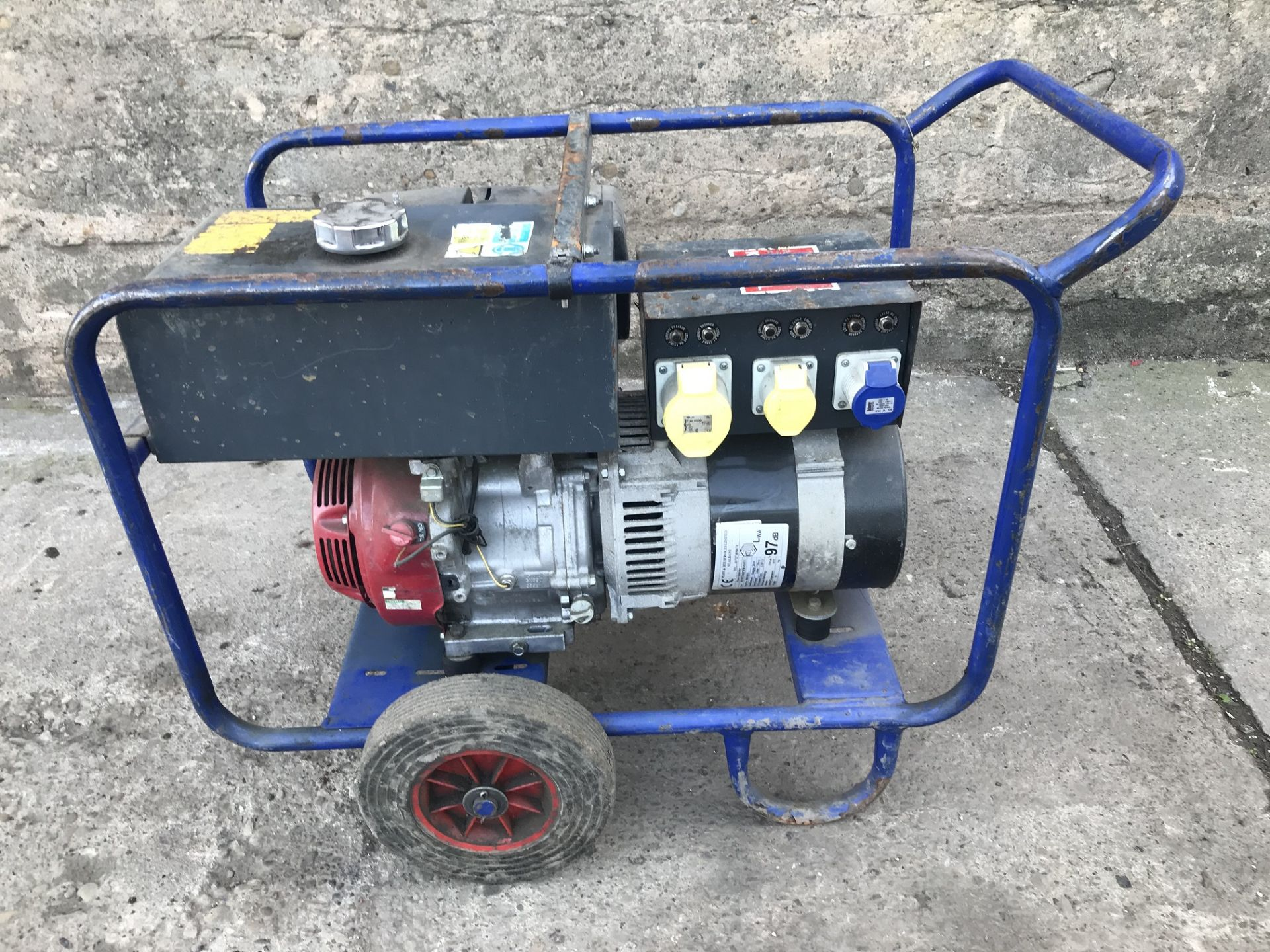 Lot 88 - 7.5 KVA PETROL GENERATOR, C/W HONDA GX 390 PETROL ENGINE 240/110V, YEAR 2010 *PLUS VAT*