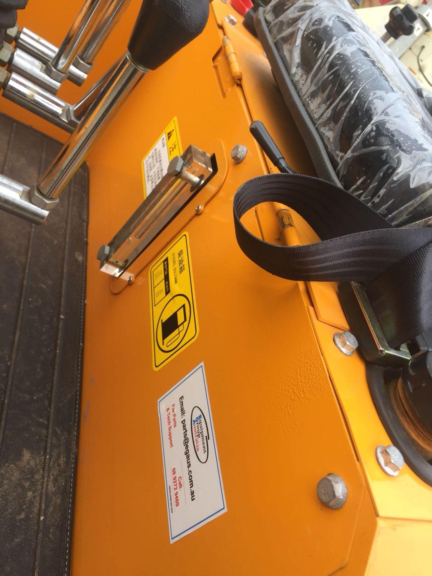 Lot 59 - BRAND NEW MINI TRACKED EXCAVATOR MICRO RHINOCEROS XN08 *PLUS VAT*