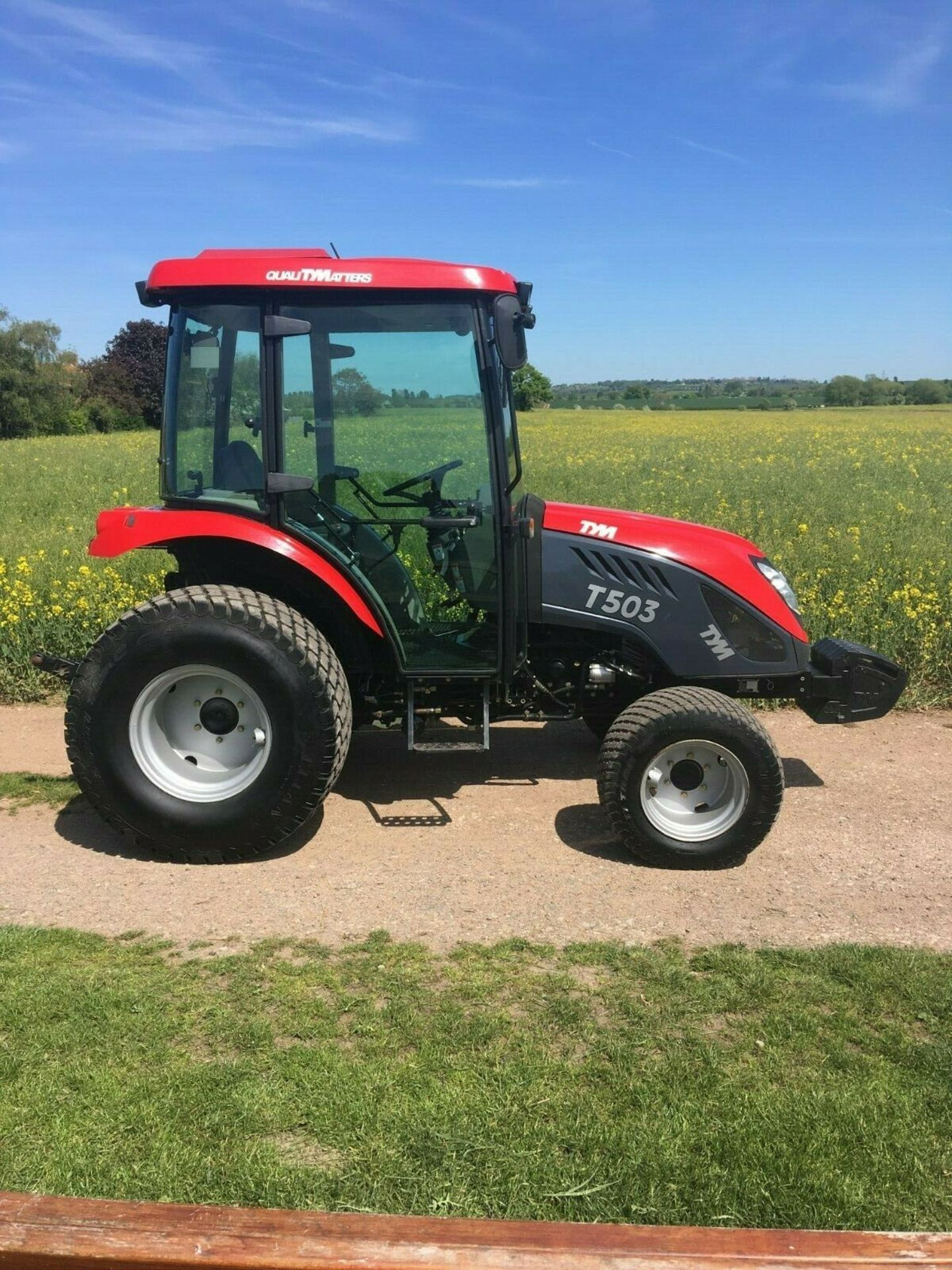 Lot 45 - COMPACT TRACTOR TYM T503 50HP, ONLY 945 HOURS, 4x4, YEAR 2013 *PLUS VAT*