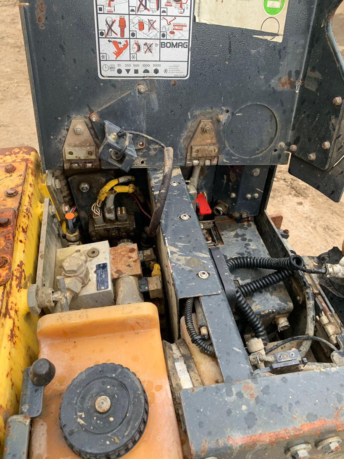 Lot 46 - 2005 BOMAG BMP 851 REMOTE CONTROL MULTI-PURPOSE WALK-BEHIND COMPACTOR, POWER 13.8 KW *PLUS VAT*