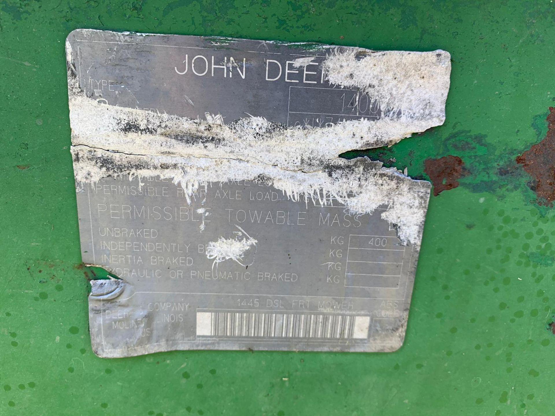 Lot 26 - JOHN DEERE 1445 SERIES II 4WD RIDE ON DIESEL LAWN MOWER C/W OUT-FRONT ROTARY CUTTING DECK *PLUS VAT*