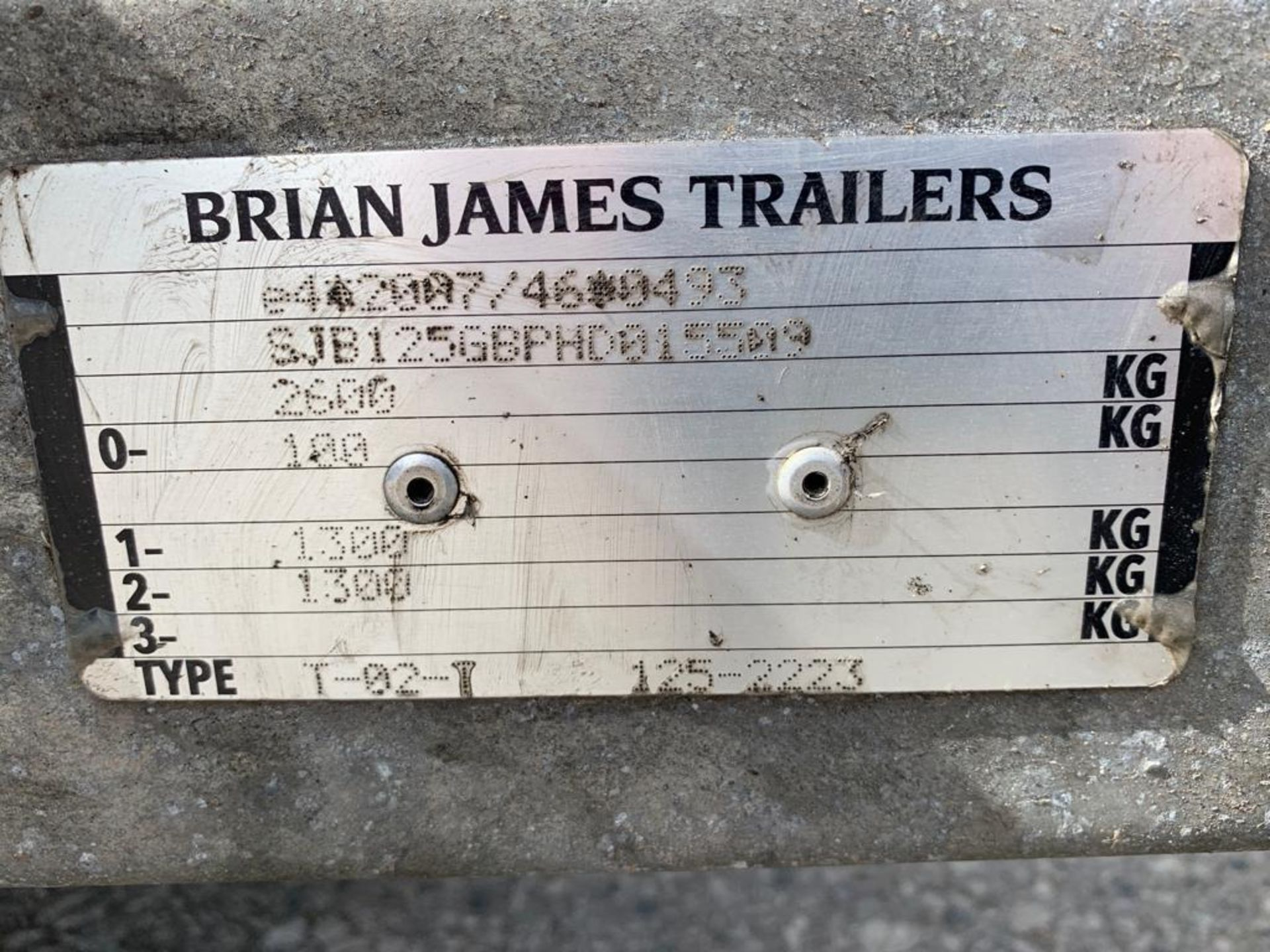 Lot 46 - BRIAN JAMES TRAILERS TWIN AXLE 2600KG VEHICLE TRAILER WITH WHEEL RACK & STORAGE *PLUS VAT*