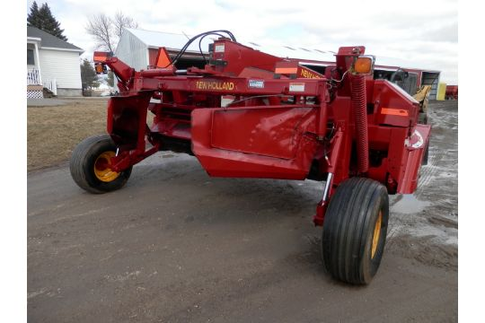 NH 1431 Discbine, Rubber Rolls, and like all hay equipment