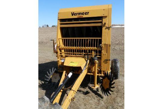 Vermeer 504 Super I round baler, merging wheels, twine
