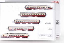"""Märklin 39540, fünfteiliger Elektro-Triebzug """"Gotthardo"""" der SBBMärklin 39540, fünfteiliger"""