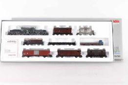 "Märklin 26730, Schweizer GüterzugMärklin 26730, Schweizer Güterzug, Elektrolok 'Krokodil' ""13304"","
