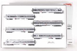 Märklin 37546, 'Graue Maus', sechsteiliger Eletrotriebwagen der SBBMärklin 37546, 'Graue Maus',