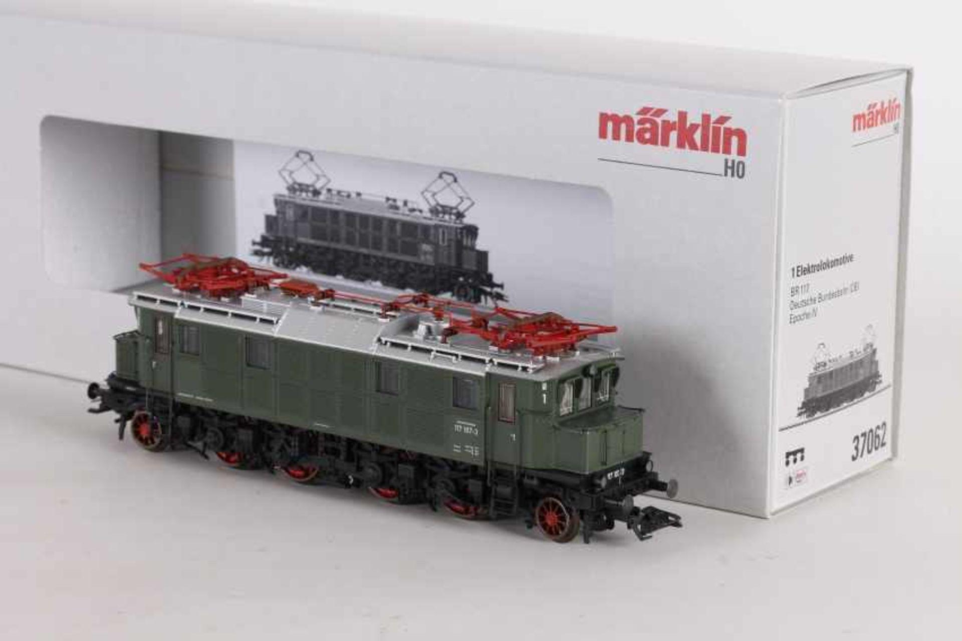 """Los 1050 - Märklin 37062, Elektrolok """"117 107-3"""" der BundesbahnMärklin 37062, Elektrolok """"117 107-3"""" der"""