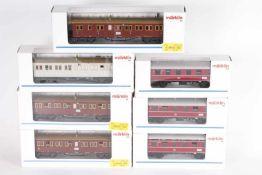 Märklin, drei Personenwagen, vier württ. SchnellzugwagenMärklin, drei Personenwagen, vier württ.