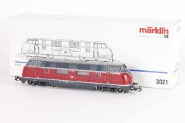 """Märklin 3021, Diesellok """"220 043-4"""" der DBMärklin 3021, Diesellok """"220 043-4"""" der DB, analog,"""