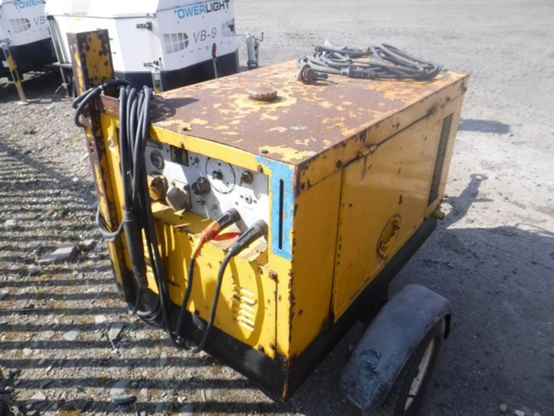 Auktionslos 370 - ARC GEN fast tow weldmaker/generator, 3 cylinder Kubota diesel engine 20-270amp 120/240V c