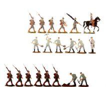 Deutsches Reich 1914-16, Infanterie im Marsch und im Lageranzug schanzend, Kieler Zinnfiguren, gute,