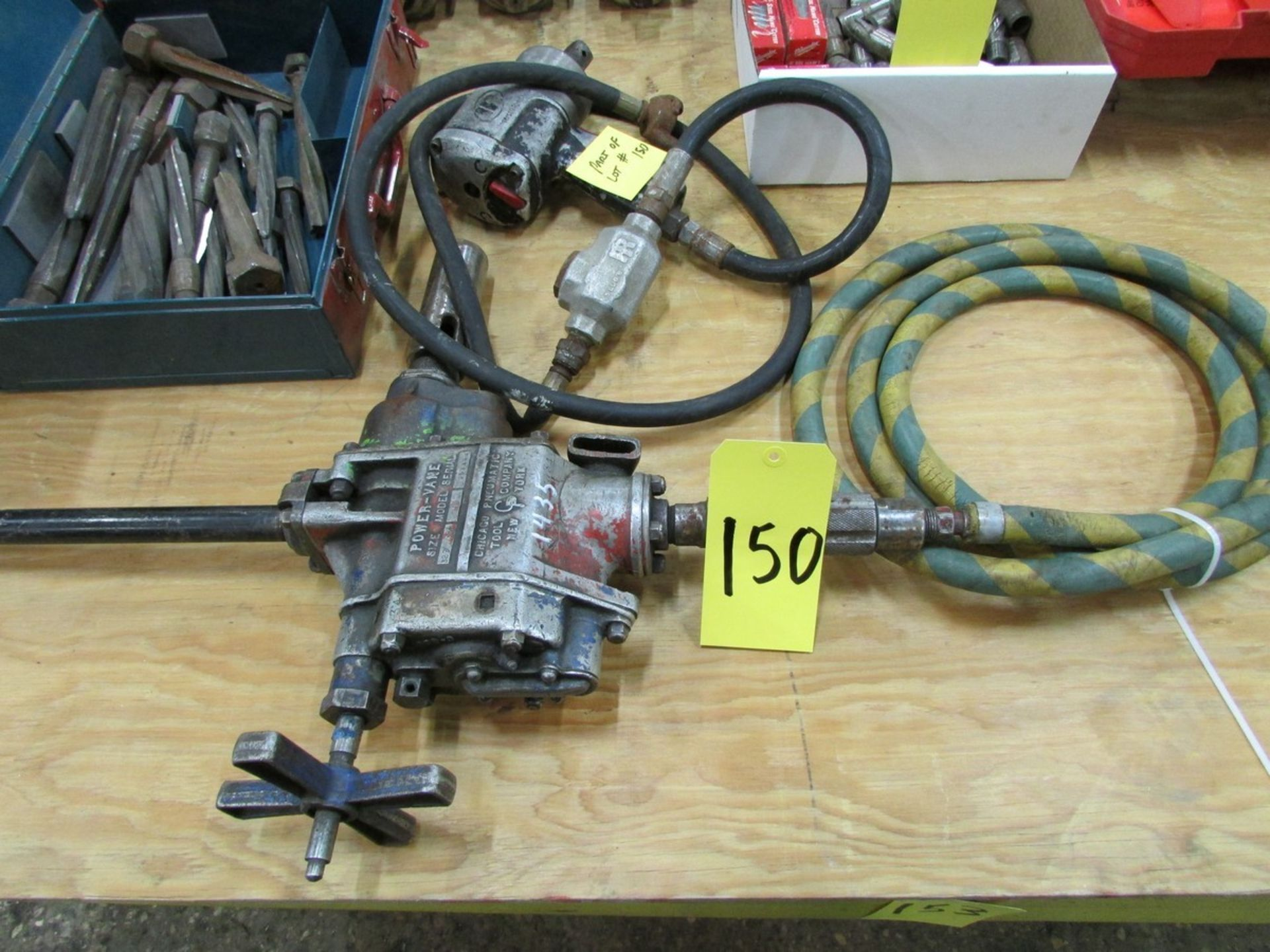 Lot 150 - Chicago Pnuematics Power Vane HD pnuematic drill, s/n 20336M w/ 4MT & Ingersol Rand impact driver