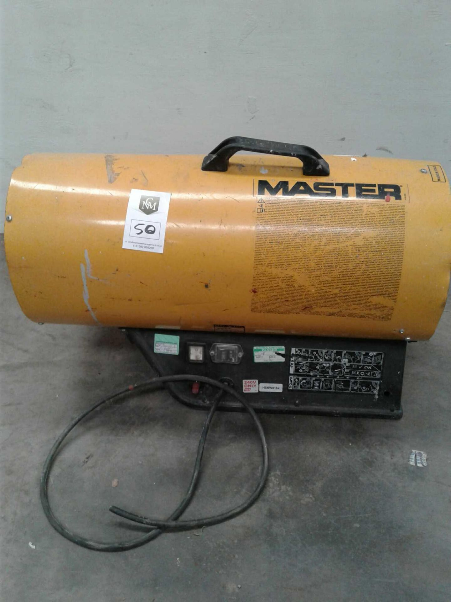 Lot 50 - Master space heater 240 V