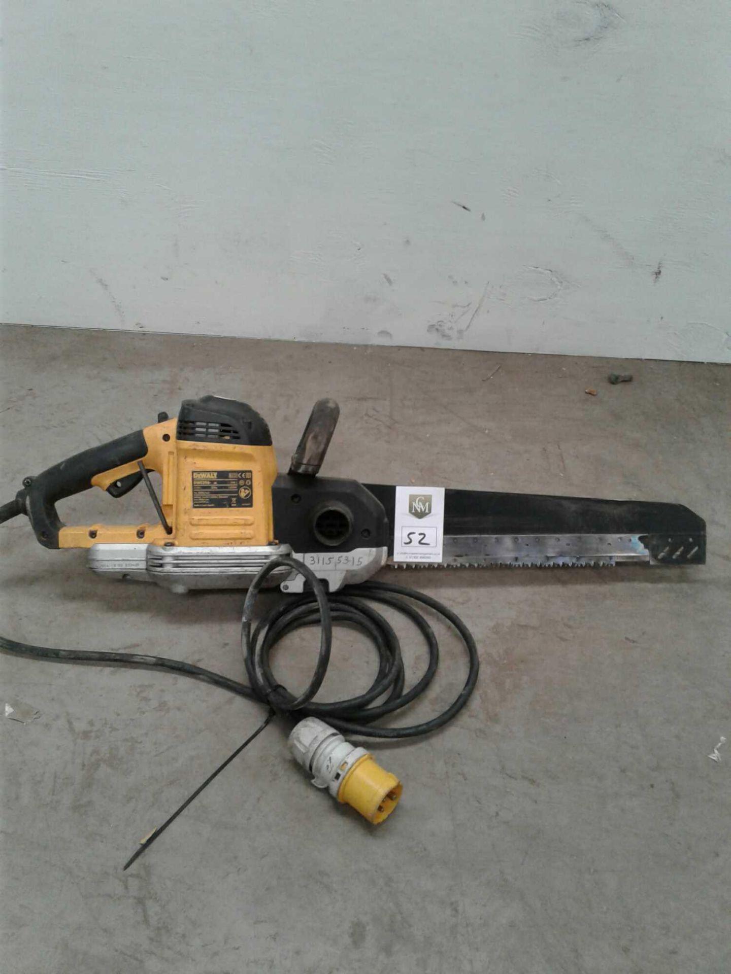 Lot 52 - DeWalt wood saw 110 V