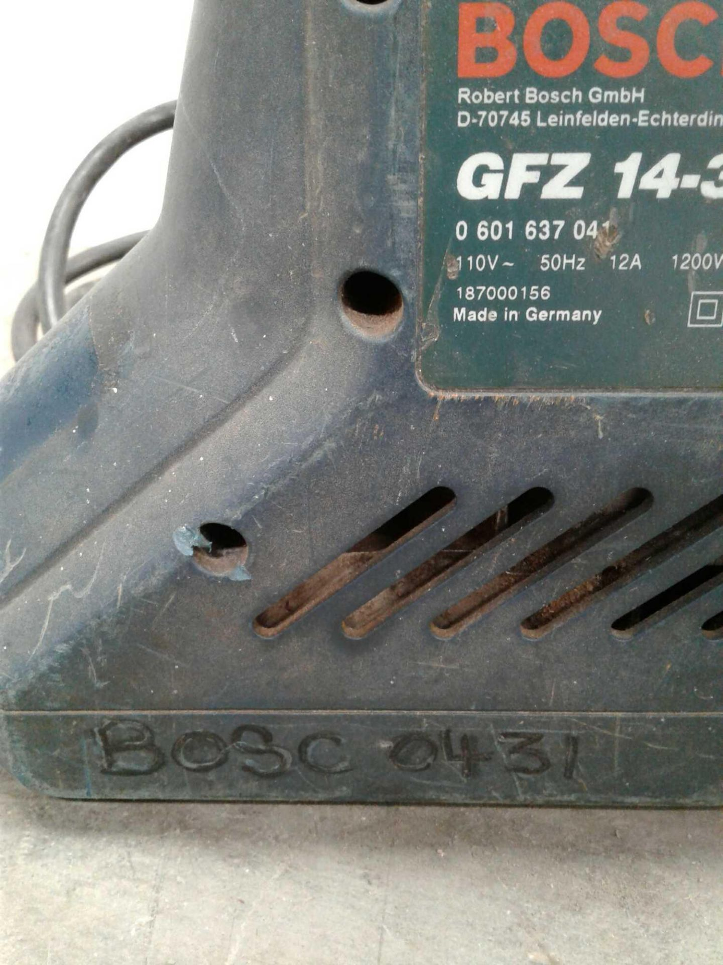 Lot 18 - Bosch wood saw 110 v