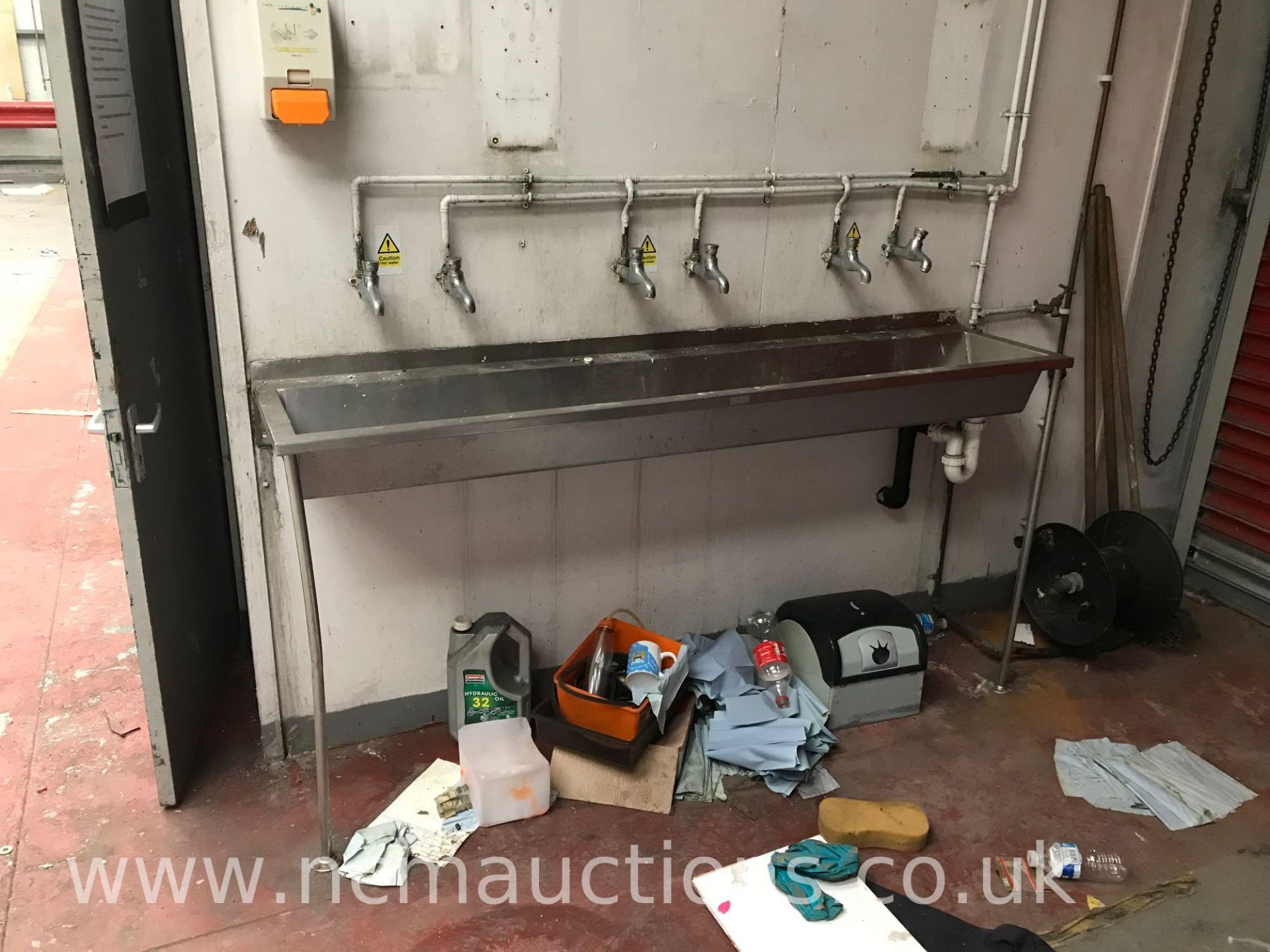 Los 7 - Loose and Removable contents of garage and office to include S/S sink unit