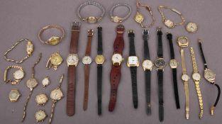 27teiliges Konvolut alter & antiker vergoldeter Damenarmbanduhren. Versch. Alter, Hersteller, Größen