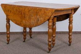 Rechteckiger/ovaler Auszugstisch. Skandinavien oder Großbritannien um 1860/80. Tischplatten aus