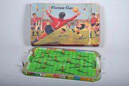 Technofix Europa CupBlech-Fussballspiel im Originalkarton. Spiel in gutem Zustand mit 3 Bällen (