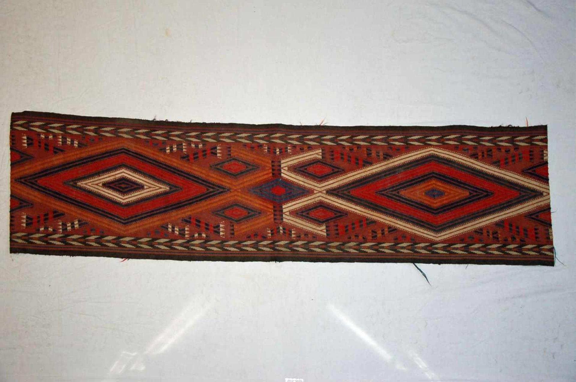 Kelim-Zeltbandca. 145 x 35 cm.