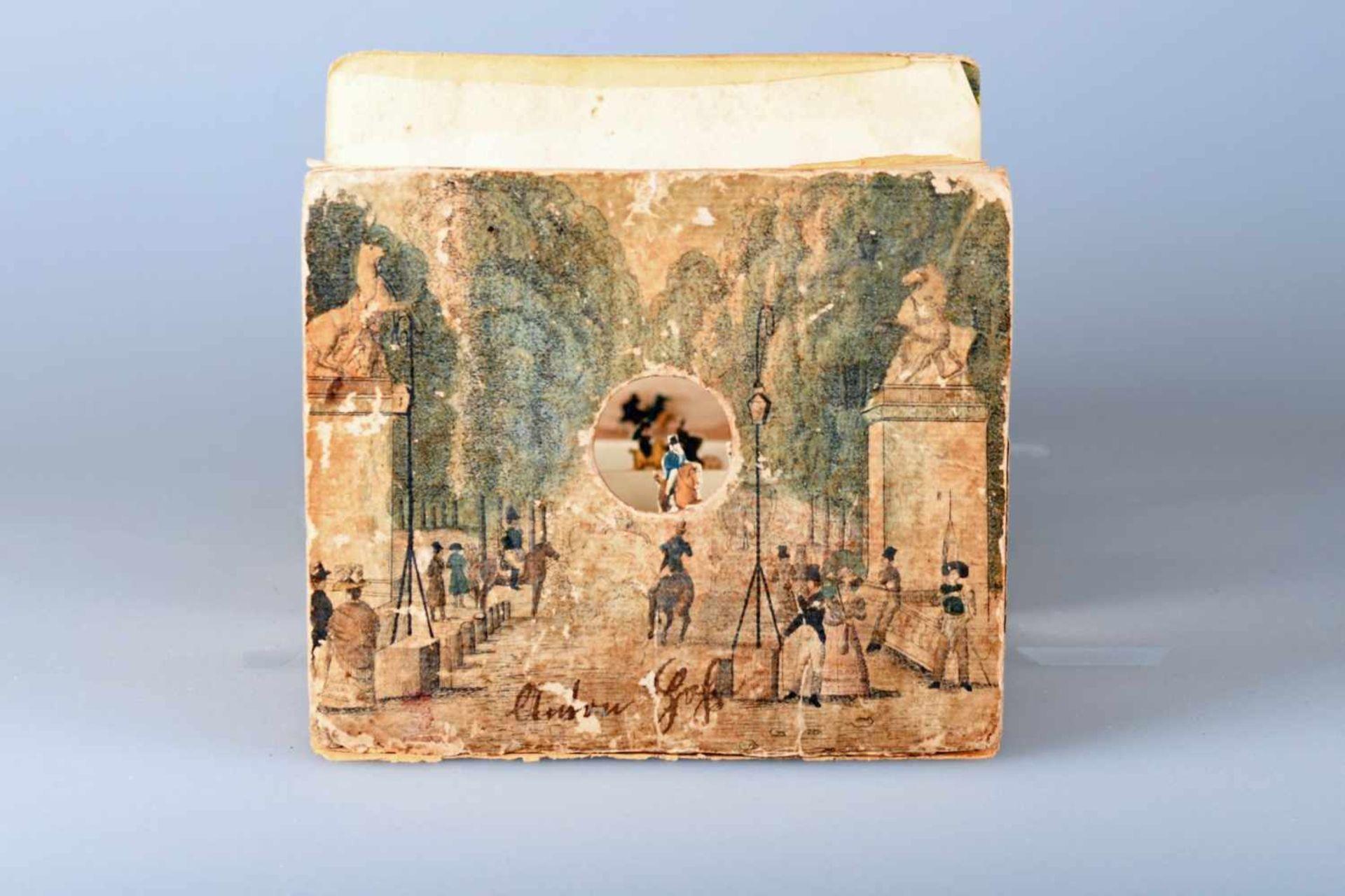 Guckkasten mit 6 altkolorierten Guckkastenansichten um 1780/1800Front- und Rückseitenkupfer auf - Bild 3 aus 3