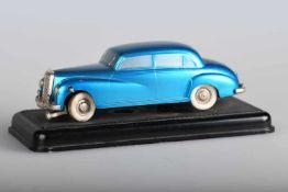 Prämeta Mercedes-Benz 300, 1953Kölner Automodelle, auf Sockel fixiertes Modell mit lenkbarer Achse