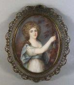 Miniatur19. Jhd., ovales Bildnis wohl auf Elfenbein, eine junge Frau mit lockigem Haar, mit einem