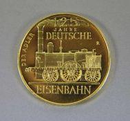 Goldmedaille Dt. Eisenbahn900er GG, Medaille 125 Jahre Deutsche Eisenbahn, Der Adler, verso Der